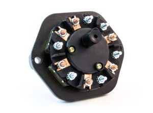 7-Way Receptacle, Solid Pin, 40A Circuit Breakers