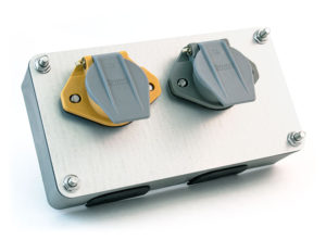 Dual Smart Box with Receptacles, Solid Pin