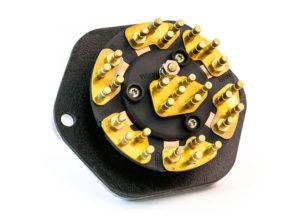 30-Pin Zinc 7-Way Receptacle, Solid Pin