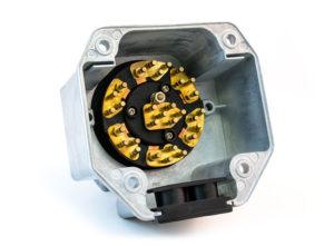 "30-Pin Zinc 7-Way Receptacle, Split Pin, 3"" Box"